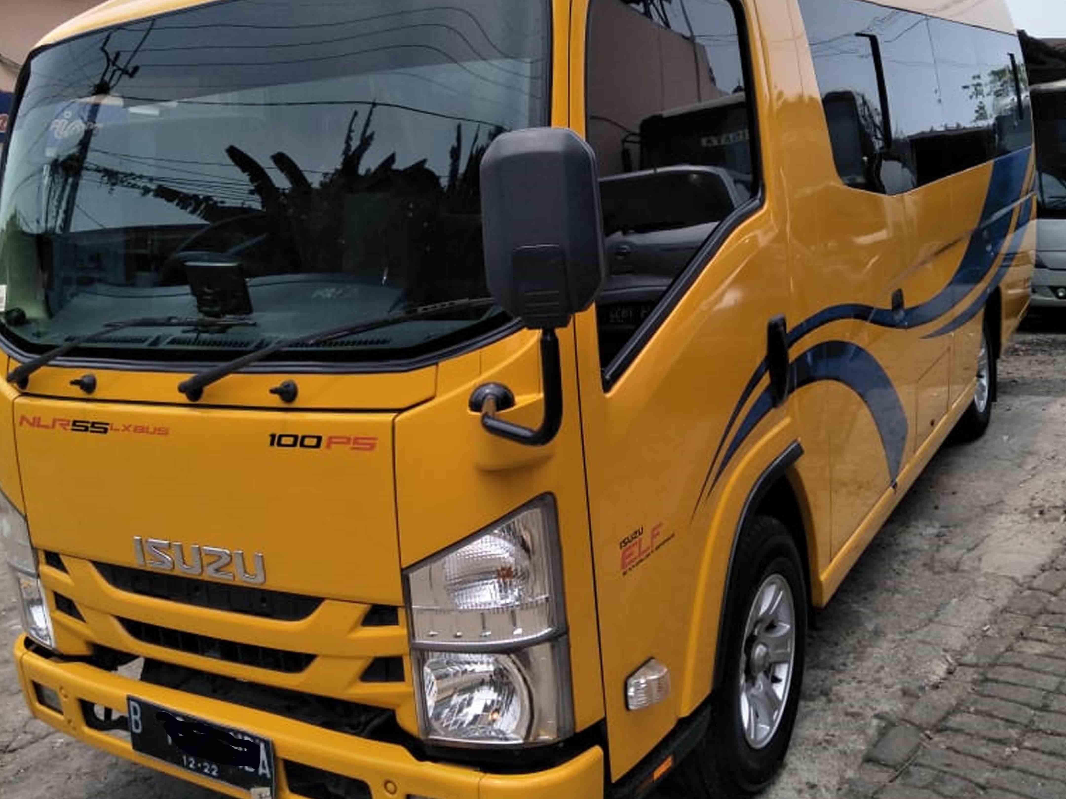 sewa mini bus elf short murah di jakarta